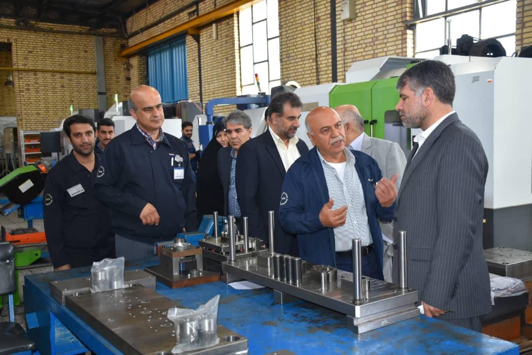 با بهبود فضای کسب و کار می توان توان تولیدی کشور را در صنعت قطعه سازی افزایش داد