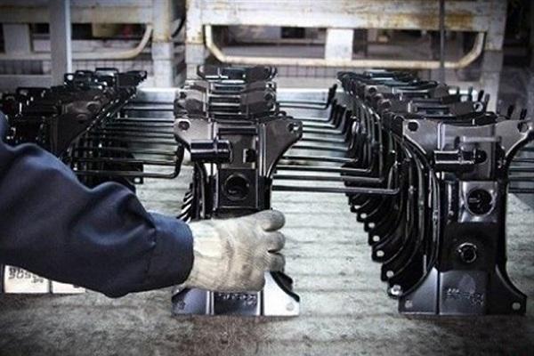 بازگشت به کار ۵۰ هزار نفر با داخلیسازی قطعات خودرویی